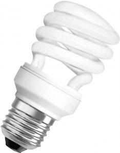 Świetlówka kompaktowa jest kojarzona z nieprzyjemnym, długo rozpalającym się światłem