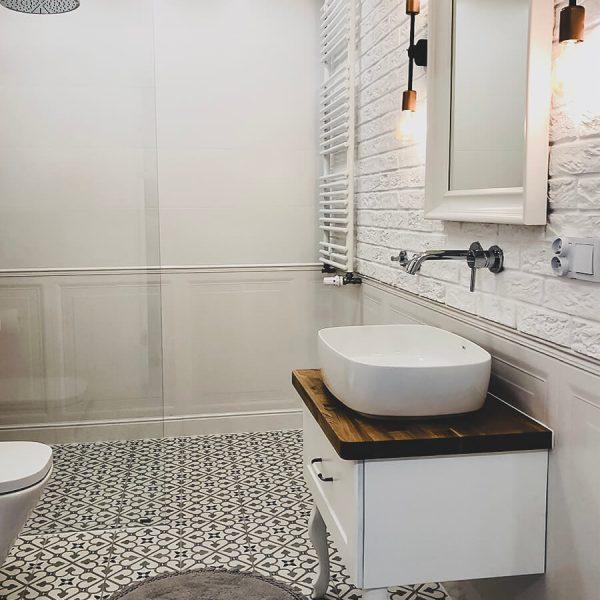 Dobry początek - mieszkanie na wynajem - łazienka